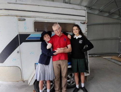 Girls Save Dad's Life with a Lead Rope