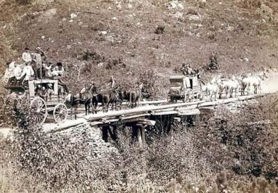 WARHorses stagecoach