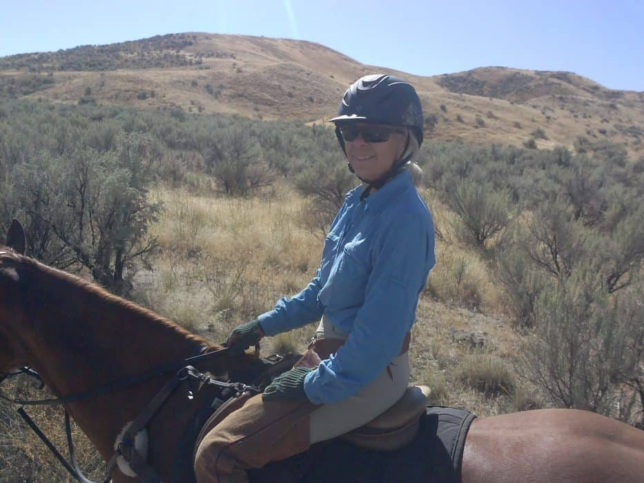 WARHorses' Interview with Becky Desmond a Lifelong Equestrian with a Competitive Drive